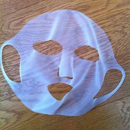 百均のシリコーン潤マスク