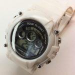 100円ショップ100均商品の腕時計